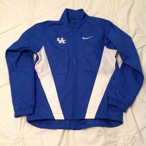 Nike full-zip wind/rain jacket